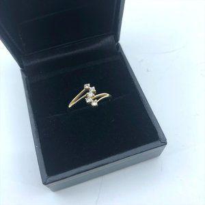 Dainty 14K gold/Cubic Zirconia Ring